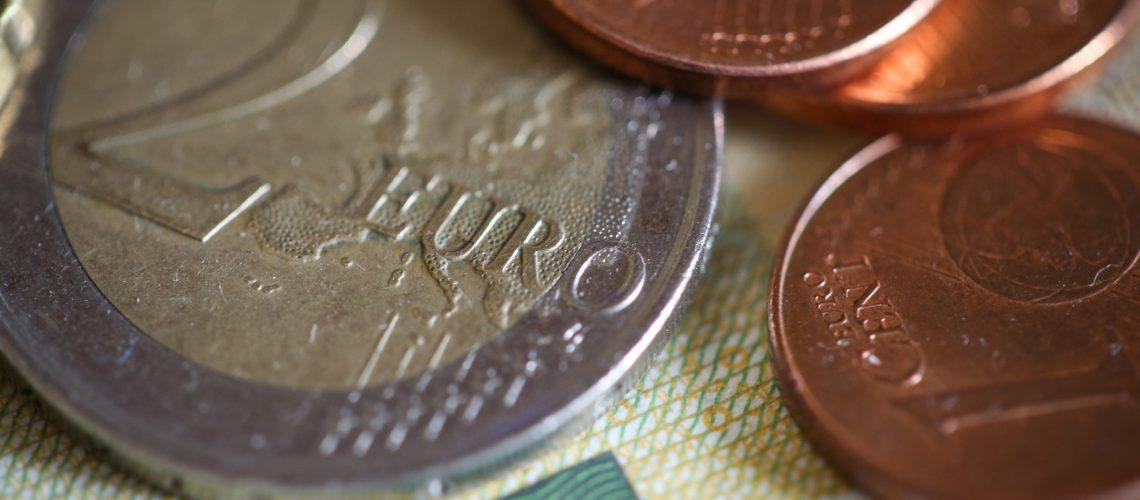 euro-coins-close-up-picjumbo-com